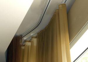 Профильный карниз потолочный для штор двухрядный в нишу фото